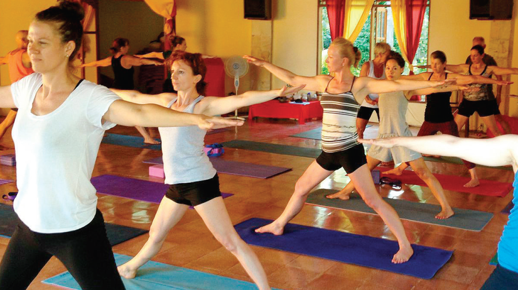 bali-yoga-practice-with-james-bryan-and-nicky-knoff