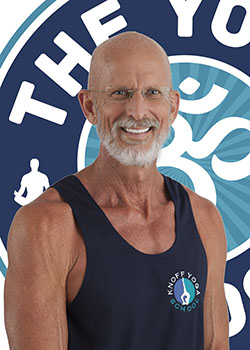 jame-bryan-yoga-trainer